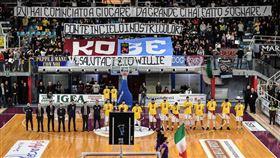 ▲義大利列蒂球隊退休24號球衣。(圖/翻攝自推特)