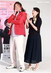 「我的大老婆」舞台劇演員曾國城、姚坤君。(記者邱榮吉/攝影)