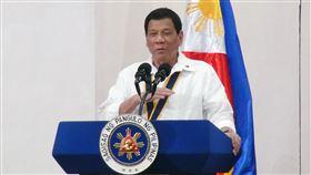 杜特蒂出席菲律賓陸戰隊活動菲律賓總統杜特蒂出席菲國陸戰隊成立67年活動,宣布撥出5億披索協助受傷士兵。中央社記者林行健馬尼拉攝 106年11月7日