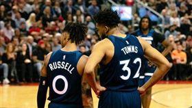 NBA/千人免費看!羅素買單寵狼粉 NBA,明尼蘇達灰狼,D'Angelo Russell,Karl-Anthony Towns 翻攝自推特