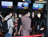 A Lin「旅課」世界巡迴演唱會歌迷進場都要量體溫。(記者邱榮吉/攝影)