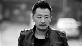 中國演員黃海波/武漢肺炎/捐物資。微博