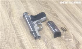 萬華角頭犯案用槍 制式手槍 圖/萬華分局提供