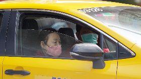 醫師呼籲運將多打開車窗通風(1)