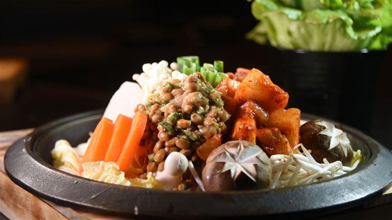 「發酵鍋」吃過沒!日本最夯火鍋來台 即日起晶華三燔開賣