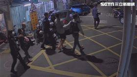 台北市萬華分局破獲陳姓男子為首的販毒集團。(圖/翻攝畫面)