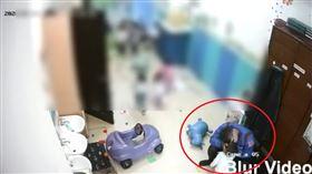 托嬰中心,幼保員,虐童,台南/翻攝臉書《靠北惡質幼兒園》