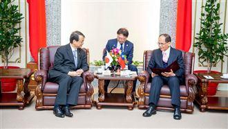 日本駐台代表:敬佩台灣防疫表現
