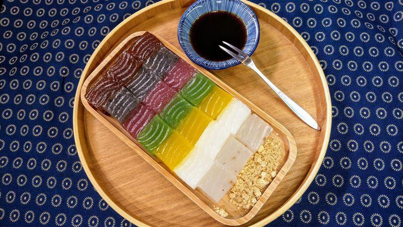 呷飽未/傳統粉粿變身「一道彩虹」 驚人口感成網美最愛!