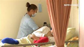 醫院即日起加強管制!長時間陪病限「1人」-護理師-病床-醫護
