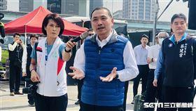 新北市長侯友宜視察新北公共運輸防疫狀況。(圖/記者林恩如攝)
