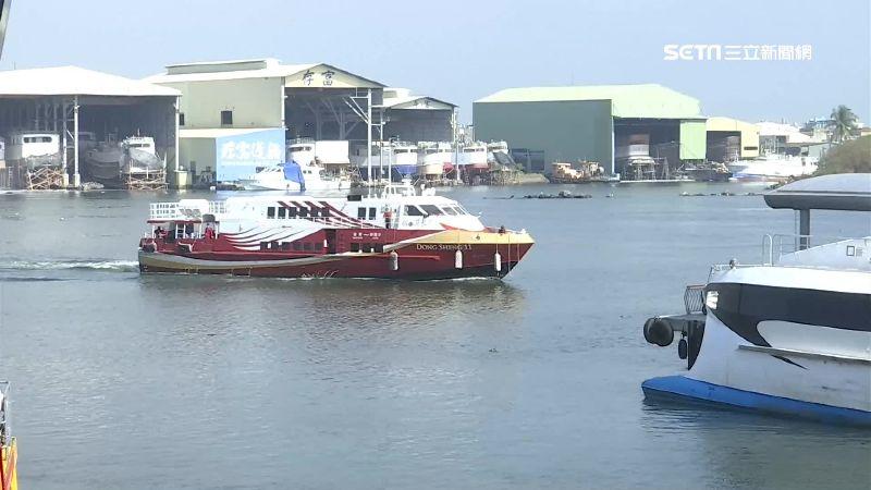 小琉球遊客回流 民營船:買嘸額溫槍
