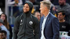 NBA/柯瑞下戰復出?主帥正面回應 NBA,金州勇士,Stephen Curry,骨折,復出 翻攝自推特