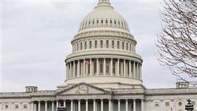 美眾院高票通過台北法 法案出國會指日可待美國眾議院今天以415票贊成、0票反對的壓倒性票數,通過「台北法案」。法案要求美國行政部門以實際行動協助台灣鞏固邦交及參與國際組織,並增強雙方經貿關係。圖為美國國會大廈外觀。中央社記者徐薇婷華盛頓攝 109年3月5日