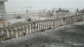玉山下雪,圖/氣象局提供