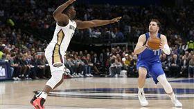 NBA/金童壓威廉森 獨行俠OT勝 NBA,達拉斯獨行俠,Luka Doncic,紐奧良鵜鶘,Zion Williamson 翻攝自推特SportsCentre