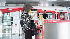 印尼公共運輸提供乾洗手
