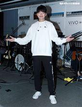 劉明峰接受三立新聞網專訪。(記者邱榮吉/攝影)