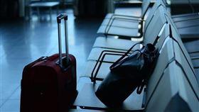 繼美國總統川普對歐洲祭出旅遊禁令30天後,美國國務院11日晚間罕見對「全球」發出旅遊警示,建議美國民眾再三考慮再出國旅遊。(圖取自Pixabay圖庫)