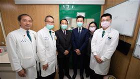 新竹馬偕武漢病毒檢驗實驗室,林智堅。(圖/新竹市政府提供)