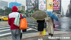 下雨天(記者陳弋攝影)