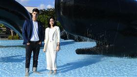 《跟鯊魚接吻》劇照-鯨魚廣場。(圖/國立海洋生物博物館提供)