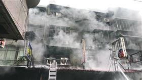 台北,萬華區,華西街,公寓,火警(圖/翻攝畫面)