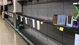 澳洲當地超市已經開始瘋搶物資。(圖/讀者提供)