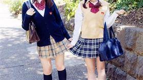日本女高中生/學生制服/微博