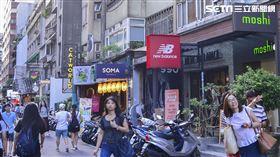 東區,招牌,店家。(圖/記者陳韋帆攝影)