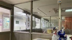 負壓隔離病房(圖/翻攝自Dcard)