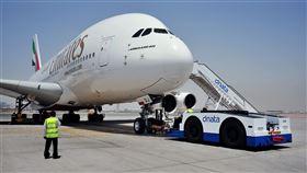 阿聯酋航空。(圖/翻攝自阿聯酋臉書)