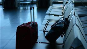 外配,探親,防疫,最後一面,病父,武漢肺炎,機場(翻攝自 Pixabay)