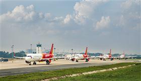 越捷航空推「SKY COVID CARE」安心保險方案。(圖/越捷航空提供)
