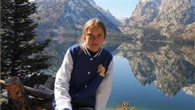 瑞典環保少女童貝里24日自揭近期到中歐旅行後,出現過咳嗽等症狀,並表示自己「很可能」感染武漢肺炎。(圖取自instagram.com/gretathunberg)