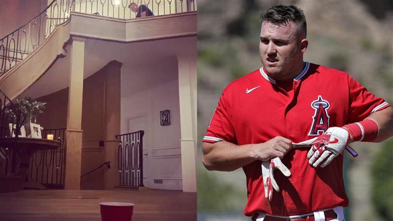 影/真的被『棒球』耽誤 楚奧特自家樓梯間秀高球神技