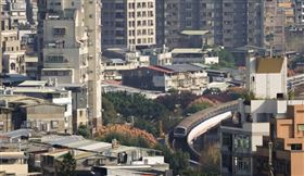 財政部表示,青安貸款4月至9月「一段式機動利率方案」利率將大幅降至1.18%。(中央社檔案照片)