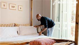 Airbnb,武漢肺炎,新冠肺炎,醫療,救護,急救人員