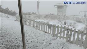 0328玉山下雪,玉山氣象站提供