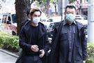 孫德榮、GINO今(29)日赴劉真靈堂悼念。(圖/記者林聖凱攝影)