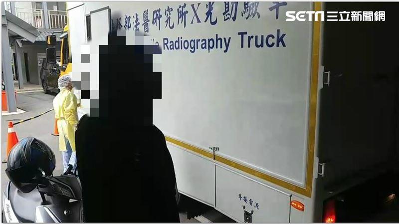 警誤擊斃女乘客 今相驗家屬不發一語