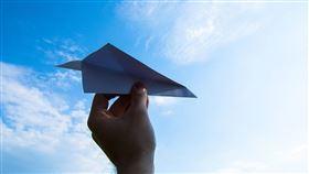 (圖/Pixabay)紙飛機