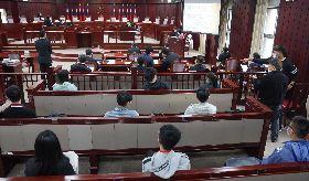 憲法法庭言詞辯論  旁聽民眾採梅花座