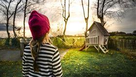 房子,小孩。(圖/取自Pixabay)