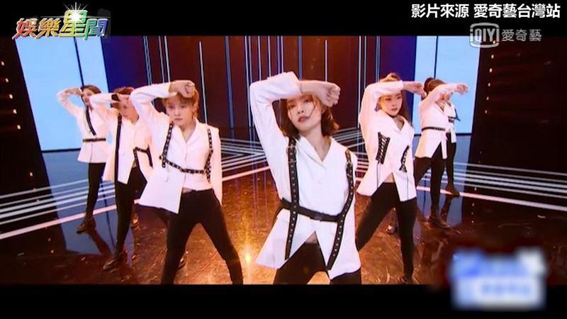 跳EXO《破風》 女團帥舞步炸全場