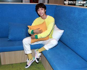 石承鎬接受三立新聞網專訪。(記者邱榮吉/攝影)