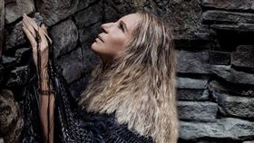芭芭拉史翠珊(翻攝自Barbra Streisand臉書)