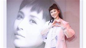 ▲魏如昀推出新歌《深愛著》。(圖/翻攝自臉書)