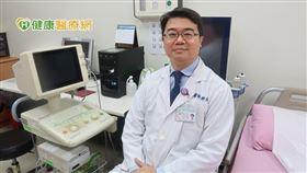 鄭斌男醫師呼籲,現今C肝治療簡單又方便,能有效清除體內病毒,若民眾疑似患有C肝或確診,請盡快至各大醫療院所就醫篩檢與治療。
