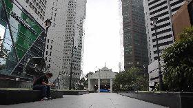 新加坡金融商業區辦公大樓空蕩蕩